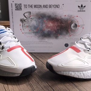 🌺HP🌺 NWT adidas ZX 2K Boost Shoes!!!